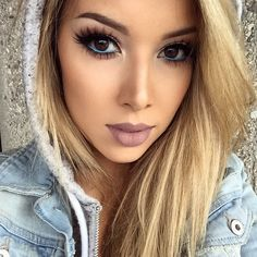 I Never Had Blue Eyeliner, I have always used white. I must try this looks so pretty <3 <333