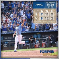 Crazy 9th-inning rally boosts #Royals to #walkoff win over White Sox. #ForeverRoyal