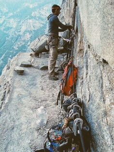 A ledge to sleep on. On Leaning Tower in #Yosemite / via Caffeinated Climber