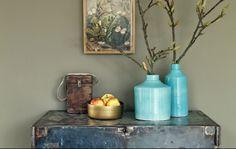 vtwonen collection 2014-2015 photographer: Jansje Klazinga stylist: Frans Uyterlinde #vtwonen #magazine #interior #collection #vase #blue