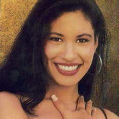 """""""#Selena #SelenaQuintanilla #SelenaQUEENtanilla #SelenaQuintanillaPerez #SelenaYLosDinos #SelenaNotGomez #QueenOfTejano #QueenOfTexMex #ImMissingMySelenas…"""""""