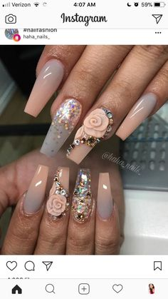 Nails with rhinestones Nail Art. Nails with Rhinestones. Unhas com strass. Glitter Fade Nails, Faded Nails, Glam Nails, Bling Nails, Beauty Nails, Bling Nail Art, 3d Nail Designs, Acrylic Nail Designs, Acrylic Colors