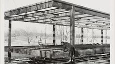 Farnsworth House construction photo, winter courtesy Myron Goldsmith fonds Collection Centre Canadien d'Architecture; Architectural Details: Mies van der Rohe's Iconic Farnsworth House - Architizer Farnsworth House, Ludwig Mies Van Der Rohe, Classic Architecture, Architecture Details, Brick Architecture, Urban Architecture, White Building, Famous Architects, Prefab Homes