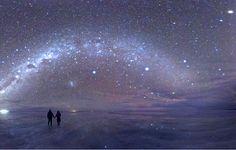 「日本一星が輝く場所」として環境省も認定した地、長野県阿智村。そこに広がる広大な星空の下で癒しのひと時を味わいませんか?阿智村で見える満天の星空は息をのむほどの美しさ。ゴンドラに乗って山頂で観測するもあり、露天風呂でゆっくり星空を堪能するのもあり。休憩には地域通貨の「スターコイン」でお食事でもいかがですか?