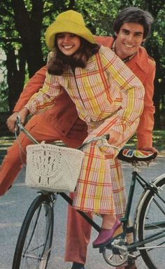 His 'n' hers fashions, 1973