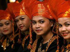 minangkabau women 2