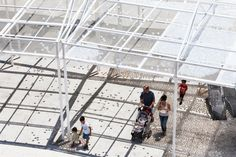 MODU's Cloud Seeding installation activates a plaza with a playful roof of plastic balls - News - Frameweb