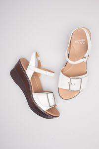 Georgie White Nappa  #dansko #comfortshoes #thehighertheshoetheclosertogod