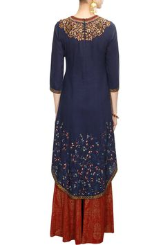 ANJU MODI Navy blue zari and sequins floral embroidered kurta set available only at Pernia's Pop-Up Shop.