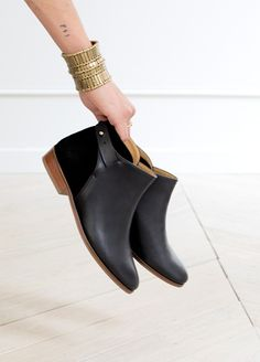 http://www.sezane.com/us/e-shop/fall-winter-collection-shoes