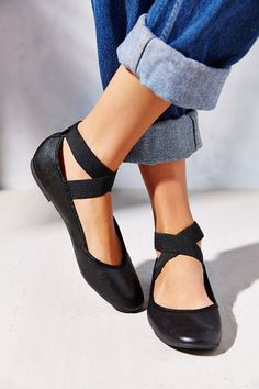 Kimchi Blue Elastic Cross-Strap Flat - Urban Outfitters