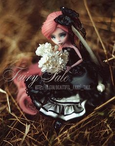 Camelia (OOAK Monster High Draculaura) | Flickr - Photo Sharing!