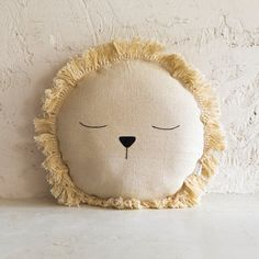 home entrance decoration Sewing Toys, Baby Sewing, Sewing Crafts, Sewing Projects, Handgemachtes Baby, Baby Kind, Baby Pillows, Kids Pillows, Handmade Baby