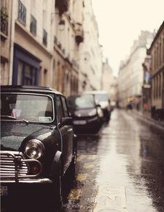 rainy day paris