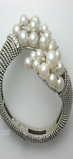 DAVID WEBB Platinum, Pearl & Diamond Cuff | LBV ♥✤ | BeStayBeautiful