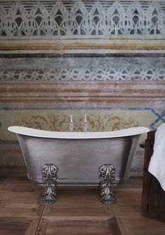 The Acanthus bath in a full polished finish