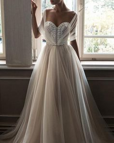 #Repost @girlystylefashions ・・・ Yay or Nay?? #amazingdress #beautiful #cutedress #dress #fashion #glam #instadress #instastyle #pretty #whitedress #bridal #weddingdress #style #bestdressesofig http://gelinshop.com/ipost/1521815506833683216/?code=BUekyP6gLMQ