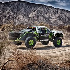Testing in the roughest race in the series, San Felipe Baja California. In this pic we're skipping across 5 foot bumps at 114mph