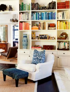 Love everything about this - the beautiful built-ins, the blue and white accents.  Perfect!