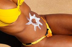 There has actually been an abundance of fake tanning cosmetic items to break onto the scene as people now realize that sunbathing is not the healthiest option. Tingle Tanning Lotion, Suntan Lotion, Body Lotion, How To Tan, Bronze Tan, Tanning Tips, Cosmetic Items, Summer Skin, Oil Benefits