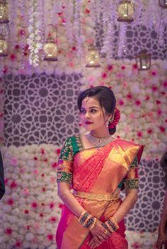 Elegant Mind Blowing Blouse Design For Wedding Silk Sarees 19 Pattu Sarees Wedding, Wedding Saree Blouse Designs, Bridal Silk Saree, Silk Saree Blouse Designs, Silk Sarees, Indian Sarees, South Indian Bride Saree, Wedding Sherwani, Kanjivaram Sarees