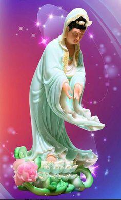 Guanyin, Goddess of Compassion Lotus Flower Pictures, Graffiti Wildstyle, Buddha Zen, Goddess Art, Guanyin, Buddhist Art, Fantastic Art, Female Models, Deities