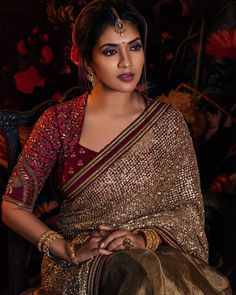 Best Picture For simple blouse designs For Your Taste You are looking for something, and it is going Pattu Saree Blouse Designs, Silk Saree Blouse Designs, Fancy Blouse Designs, Bridal Blouse Designs, Blouse Patterns, Kurta Neck Design, Stylish Blouse Design, Collor, Actors