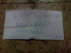 """""""Esta barandilla no es para CICLITETAS"""", #DramaEnElPortal @hematocritico"""
