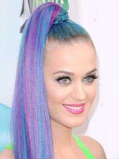 Les #mèches de couleurs : une #coiffure #originale et #tendance  De nombreuses…