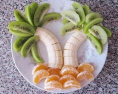 This is how i will get my kids to eat their fruits and veggies ; and yummy fruits at that -my mouth is watering. Cute Food, Good Food, Yummy Food, Tasty, Awesome Food, Delicious Fruit, Healthy Snacks, Healthy Recipes, Eat Healthy