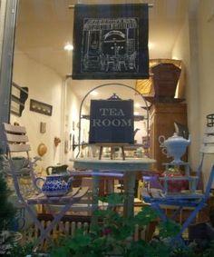 Cute little tea shop I would love to open up my own little tea shop