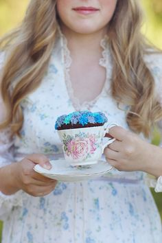 Cupcakes & Tea - The Frosted Petticoat