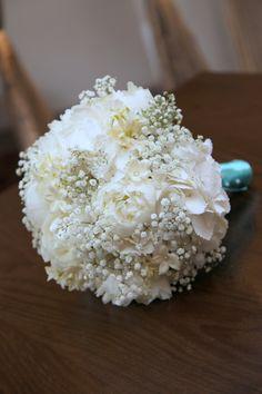 Bride Bouquet White Hydrangea, Peony, Gyp & Stephanotis with Tiffany Blue Ribbon & Pearl Pins @carolineprice75 #thorchidroom #essex