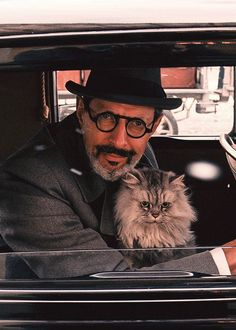 Jeff Goldblum as Deputy Kovacs in The Grand Budapest Hotel directed by Wes Anderson, 2014 Grand Budapest Hotel, I Love Cats, Cool Cats, Celebrities With Cats, Men With Cats, Wes Anderson Movies, Son Chat, Ralph Fiennes, Cat People