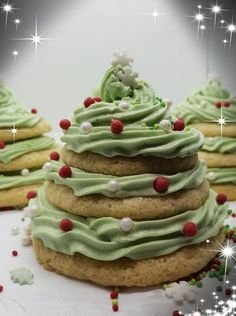 Χριστουγεννιάτικα δεντράκια με μπισκότα και βουτυροκρεμα!! Dear Santa, Avocado Toast, Xmas, Cookies, Breakfast, Desserts, Blog, Christmas Recipes, Gardening