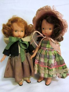 VINTAGE PAIR OF BISQUE NANCY ANN STORYBOOK DOLLS FROM THE 1940's