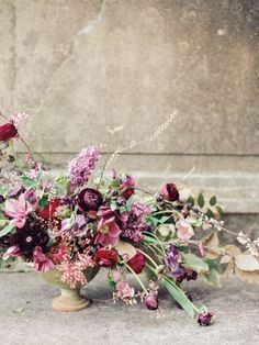Frosted Lavender – Winter Purple and Berry Wedding Inspiration Berry Wedding, Plum Wedding, Purple Wedding Flowers, Floral Wedding, Autumn Wedding, Floral Centerpieces, Wedding Centerpieces, Wedding Bouquets, Floral Arrangements