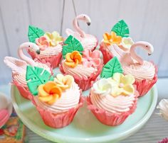 Flamingo cupcakes from Spring Flamingo Birthday Party at Kara's Party Ideas. See… - Party Ideas Flamingo Cupcakes, Flamingo Party, Flamingo Birthday, Themed Cupcakes, Birthday Cupcakes, Luau Cupcakes, Cupcake Party, Cupcake Cakes, Hawaian Party