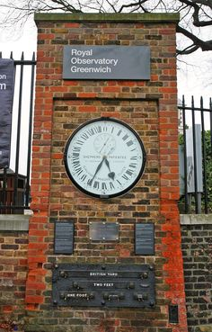 the shepherd gate 24 hour clock greenwich london the first to show greenwich mean time to the. Black Bedroom Furniture Sets. Home Design Ideas