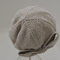Beau Cloche Knitting pattern by Natalie Larson Christmas Knitting Patterns, Crochet Patterns, Knit Purl Stitches, Crochet Baby Bonnet, Universal Yarn, Cascade Yarn, Paintbox Yarn, How To Purl Knit, Red Heart Yarn