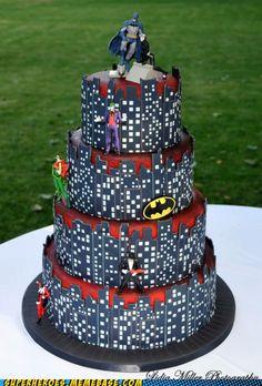 Source: Clara's Designer Cakes & Lidia Miller Photography via memebase.cheezbur...