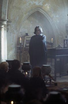 I love Snape Snape Harry Potter, Harry Potter Severus Snape, Severus Rogue, Albus Dumbledore, Harry Potter Characters, Harry Potter Universal, Harry Potter World, Alan Rickman Severus Snape, Harry Potter Pictures