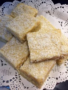 Snilleskök Fika, I Foods, Cornbread, Sweet Tooth, Food And Drink, Sprinkles, Candy, Ethnic Recipes, Swedish Recipes