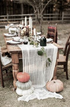 😃😆Looking for DIY inspiration for Cute Thanksgiving decorations? 😃😆Looking for DIY inspiration for Cute Thanksgiving decorations? Thanksgiving Decorations Outdoor, Outdoor Thanksgiving, Thanksgiving Table Settings, Thanksgiving Parties, Thanksgiving Ideas, Thanksgiving Centerpieces, Christmas Tablescapes, Outdoor Decorations, Holiday Tables