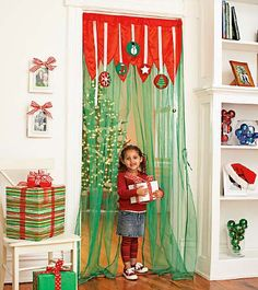 Wouldn't this be a great thing to do in a hallway or entrance to another room!