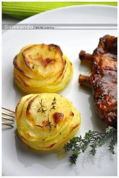"""Laminado de patata al horno. """"Pommes Anna"""" en versión individual."""