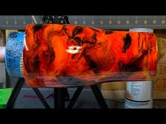 Fire swirl tumbler tutorial using alcohol inks on epoxy Alcohol Ink Crafts, Alcohol Ink Painting, Alcohol Ink Art, Diy Tumblers, Custom Tumblers, Glitter Tumblers, Diy Hydro Dipping, Homemade Alcohol, Cup Crafts