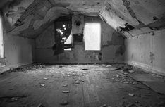 abandoned houses pictures | Like many old places you see in pictures, this one no longer exists.It ...