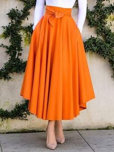 - skirt outfits - Mid-Calf Pleated A-Line Plain High Waist Women's Skirt - Source by lovelytoutfits y faldas Muslim Fashion, Modest Fashion, Hijab Fashion, Fashion Dresses, Fashion 2018, London Fashion, 90s Fashion, Korean Fashion, Boho Fashion