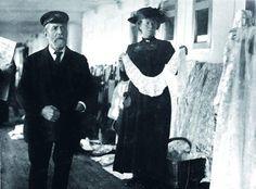 A Queenstown vendor sells irish lace aboard the Titanic.